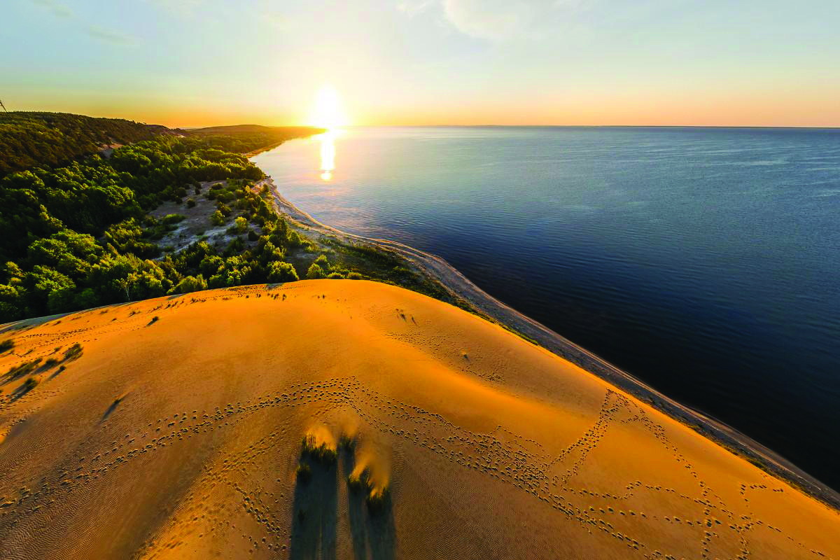 LITHUANIA , Vilnius and The Sand Dunes